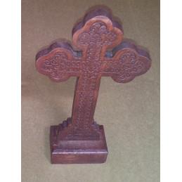Cruce pentru masa din lemn...